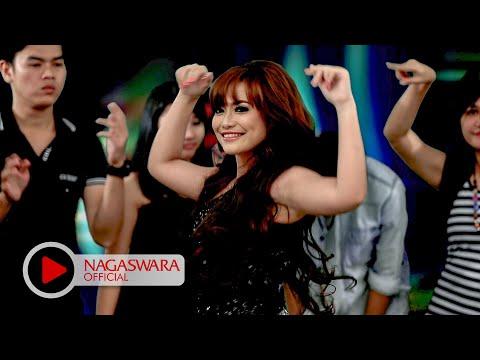 Devy Berlian - Tanpa Kekasih (Official Music Video NAGASWARA) #music