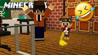 CENTEX PINKELT IN DER SCHULE IN MINECRAFT 😂