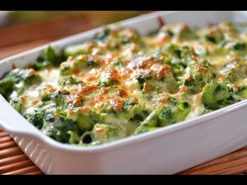 Coditos verdes cremosos - Pasta in green sauce - Recetas de cocina italiana
