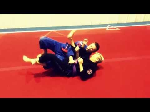 BJJ Technique - Knee on Belly Escape Image 1