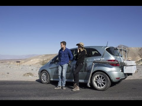 B-Klasse F-CELL serves as a water dispenser - Diane Kruger and Joshua Jackson test the fuel cell