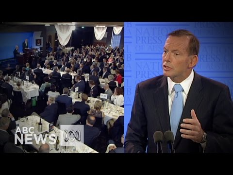Abbott answers questions at National Press Club