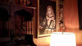The Haunting of Sunshine Girl - Our haunted hotel room