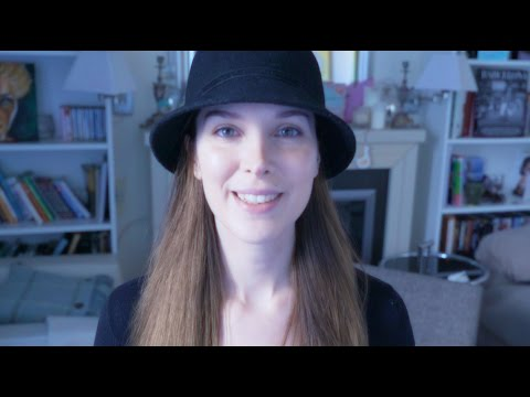 ASMR Book Page-Turning Whispering Soft-Spoken Tapping Tracing Catalan Reading