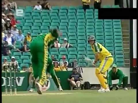 right handed Adam Gilchrist 88 vs South Africa SCG 2005/06