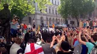 EDL London 27.05.13 riots in demo -- kopia