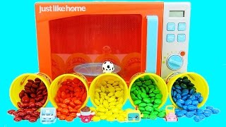 Pretend Magic Play Doh Microwave Turns into M&M