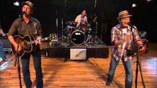 "Turnpike Troubadours perform ""Gin Smoke Lies"" on The Texas Music Scene"