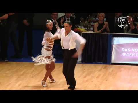 BallroomDancer VS Gypsy Casual - Bate Toba Mare (Sb 51)