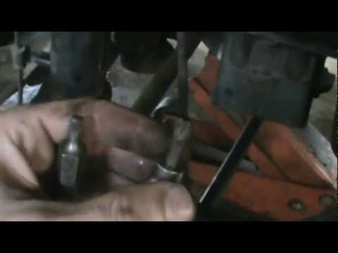 how to replace lexus rx300 rear struts