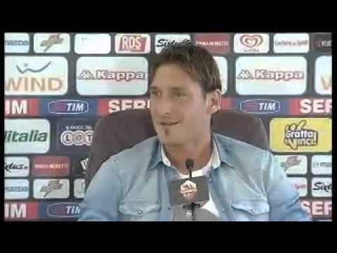 Divertente Conferenza stampa Francesco Totti