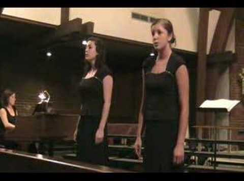 Lauren and Megan singing Homeward Bound - Munroe Girls Video