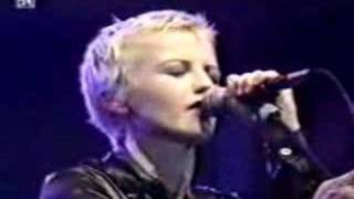Watch Cranberries I Dont Need video