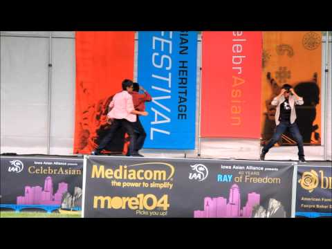 ASIAN FEST 2015 KIDS DANCE, IOWA USA  RAM CHARAN AND ALLU ARJUN SONGS