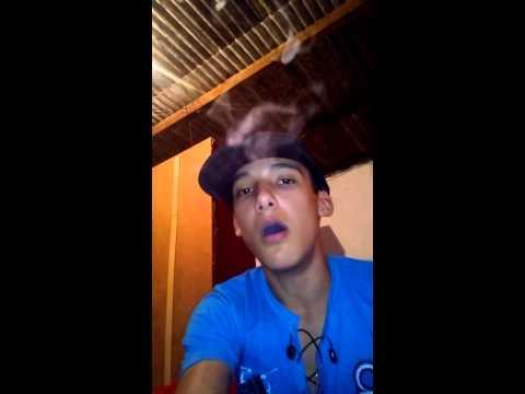 Kelvin aprendendo faz bolinhas com a fumaça(1)