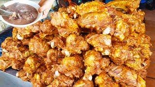 Căn Bụng món cháo lòng má heo nướng cực khủng trên vĩa hè Sài Gòn | street food of saigon