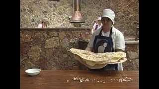 Lavash, the preparation, meaning and appearance of traditional Armenian bread