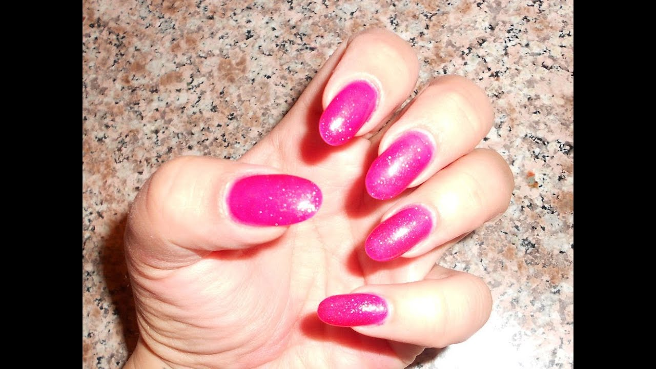 Mini Stiletto Nails With Hot