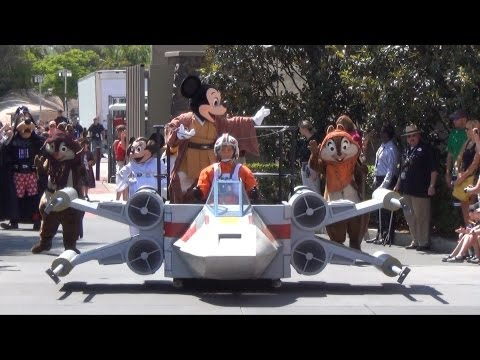 Legends Of The Force Motorcade - Star Wars Weekends Parade 2013, Disney's Hollywood Studios