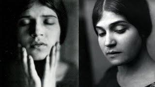 Tina Modotti :: Romantic and Revolutionary Photographer