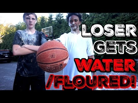 1 ON 1 BASKETBALL W/ WATER & FLOUR!!!