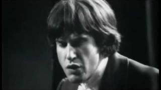 Watch Kinks Got Love If You Want It video