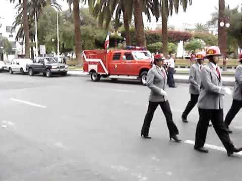 Desfile bomberos antofagasta abril 2005