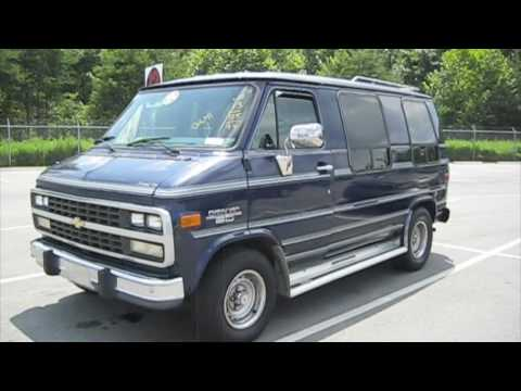 1994 Chevrolet G20 Conversion Van Start Up. Exhaust. and In Depth Tour