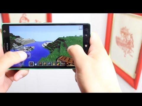 Minecraft: Pocket Edition gameplay on Windows Phone