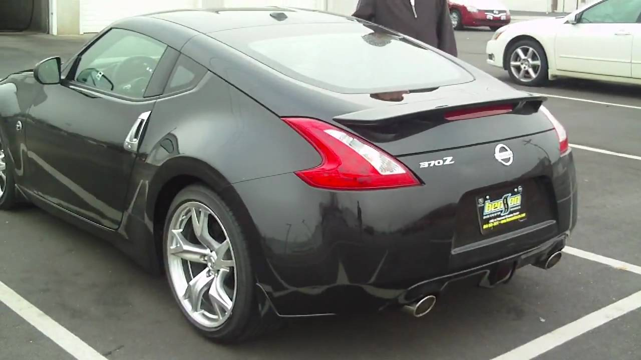 New Nissan 370z Touring Walkaround 0 60 In Fast Youtube