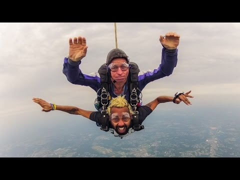 Skydiving Adventure (HD)
