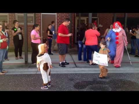 Rideout Elementary School Character Parade - PreK Battieger's Pumpkins