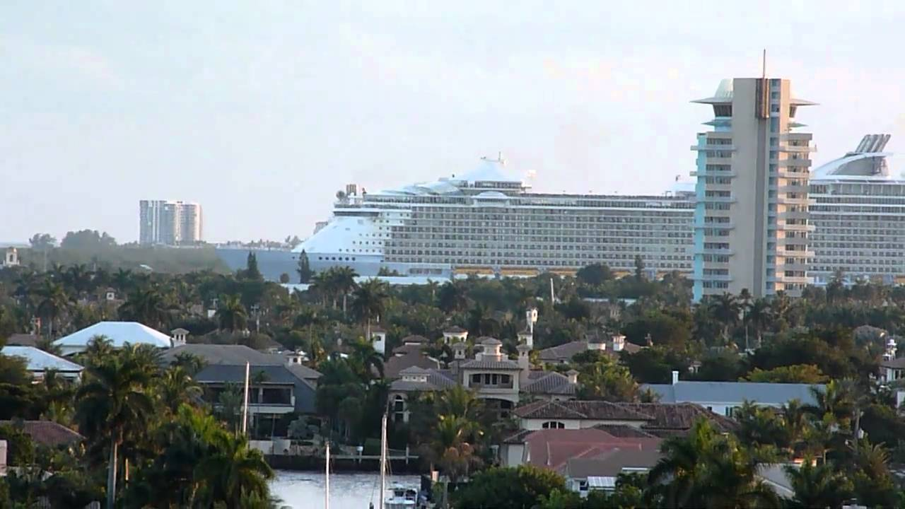 World39s Largest Cruise Ship Leaves Port In Ft Lauderdale