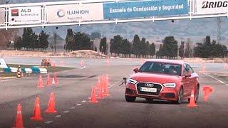 Audi A3 Sedan 2016 - Maniobra de esquiva (moose test) y eslalon   km77.com
