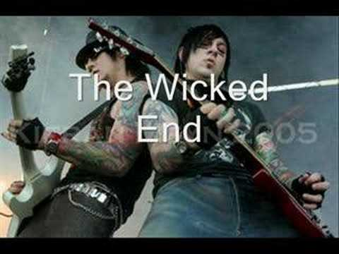 Zacky Vengeance and Synyster Gates Great Guitar Duo
