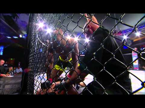 Bellator MMA Emanuel Newton takes on Linton Vassell