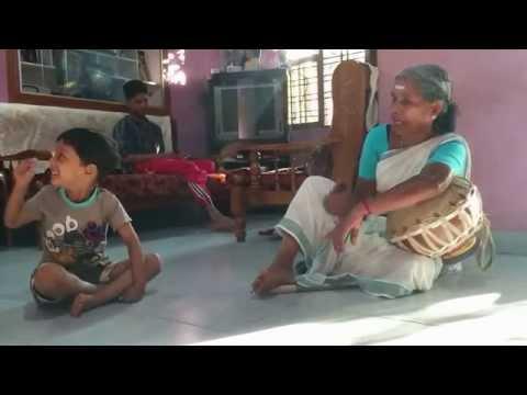 Pulluvan Pattu...navoru Pattu..... നാവൂറു പാട്ട്.. video
