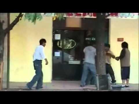 Bolivianos peleando.wmv