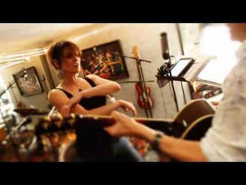 PART 3: Lisa McClowry Sings Acoustic Alchemy