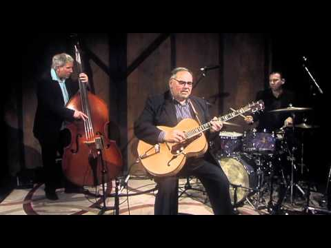 Sunday Mornin -‬The Duke Robillard Jazz Trio‪ (Transmission Hour, live)‬