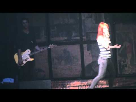 Paramore- Hayley Gets Annoyed at People Sitting During Show  (Verona, NY 2009)