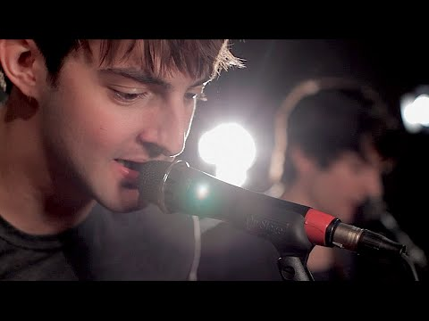 All Time Low «Something's Gotta Give» (Dave Days & Future Sunsets)