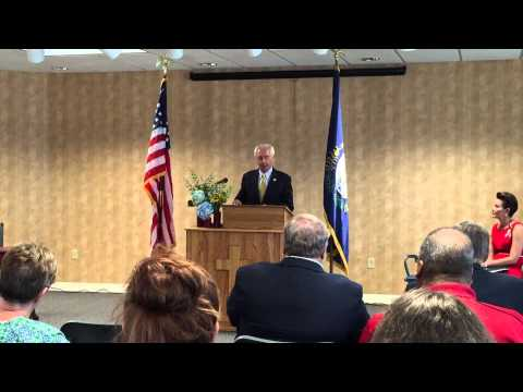 Gov. Steve Beshear announces minimum wage increase for state workers in Hanson