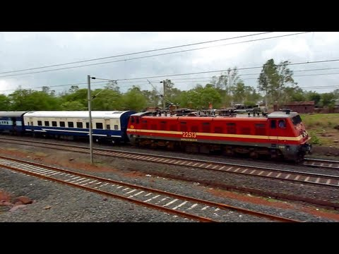 Honking Et Monster Wap-4 Curves In Style With Bhopal - Jodhpur Fast Passenger !! video