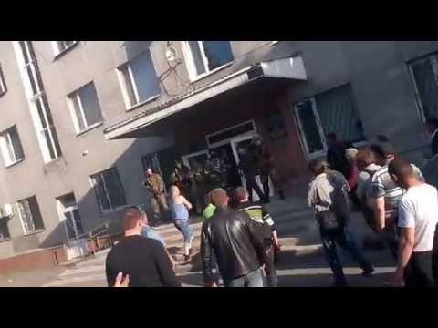 Krasnoarmeysk. Gunfire Disrupts Referendum. 11.05.2014 (Donetsk oblast)