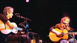 Watch Mary Chapin Carpenter Stones In The Road video