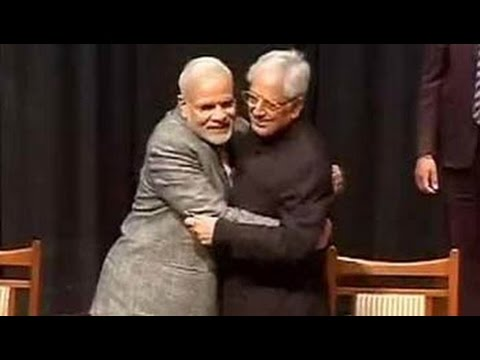Mufti Sayeed takes oath as Jammu and Kashmir Chief Minister, PM Modi attends