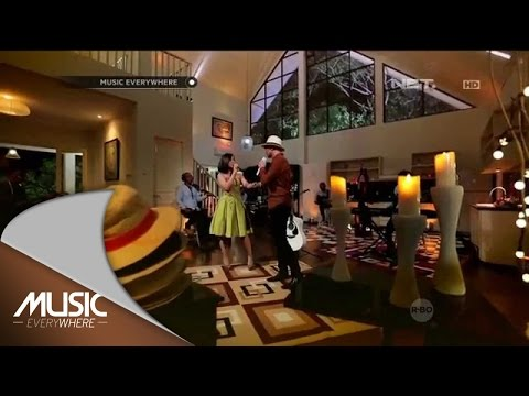 Anji feat Astrid - Tentang Rasa (Live at Music Everywhere) *
