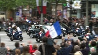 Hollande, Sarkozy in joint World War II ceremony