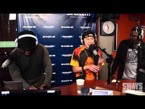 Louie V, Jin & Siagon Trade off Verses on Freestyle Friday